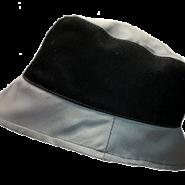 Černo-šedý pracovní klobouk